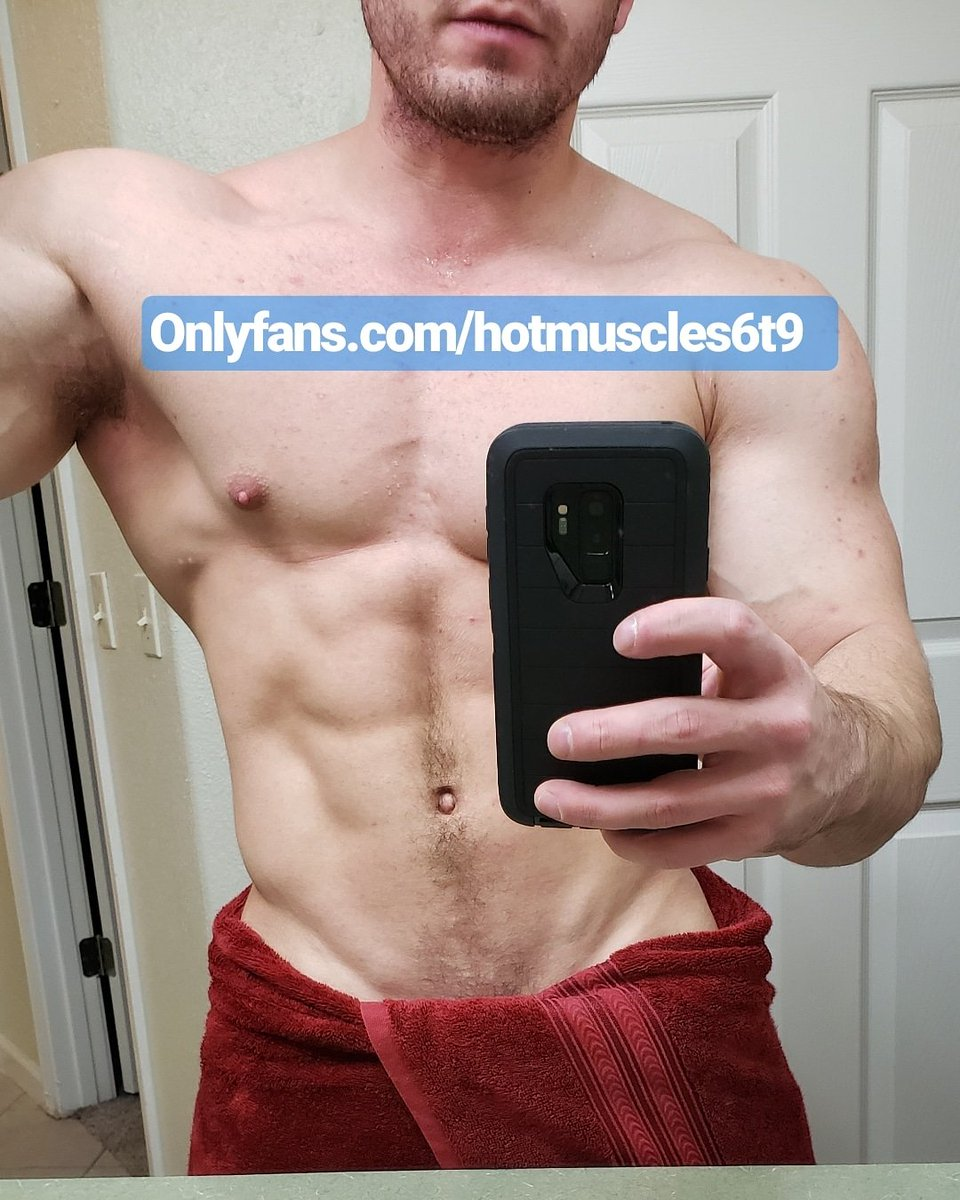 Look at those muscles @ http://onlyfans.com/hotmuscles6t9   #fitness #gym #muscle #mensfitness #fit #bodybuilding #workout #menshealth #fitnessmotivation #motivation #men #mensphysique #fitfam #abs #fitnessmodel #gymlife #shredded #gymmotivation #bodybuilder #sixpack #rippedpic.twitter.com/qR2mIE1GFX