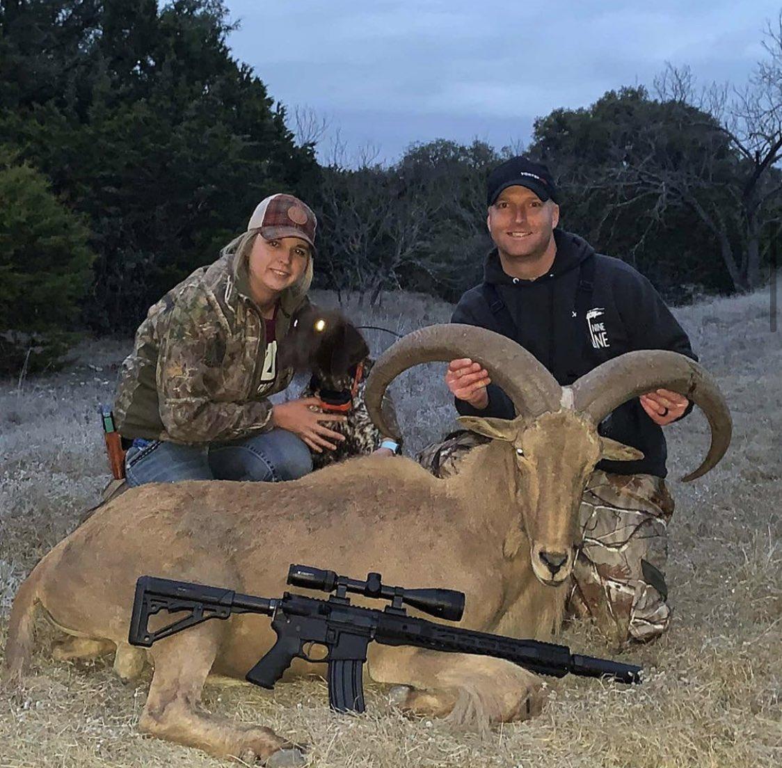 A versatile dog makes a good a GREAT dog.  Case in point- 📸 @outbackgspvomhinterlandkennels #gsp #germanshorthairedpointer #aoudad #aoudadhunting #huntingtexas #biggame #hunting #trackingdog #huntingdog #birddog #gundog #bigram #texas #texashunting #wingshooting #westtexas