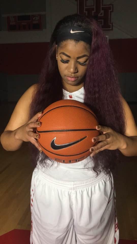 Jackie Blake has landed safely in Australia!   #ballislife #basketball #probasketball #freeagent #hoopersofinstagram #overseasbasketball #hoopkinect #fiba #hoopkinect #freeagent #fiba #eurobasket #ncaa #ncaabasketball #fibaeurope #photooftheday #womensbasketball #WNBApic.twitter.com/c1OtX4ryJj