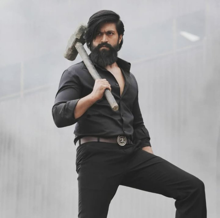 Six months prep for even a 10 minutes shot? Wow! Superstar Yash is making sure he brings the best with his character in #KGFChapter2 ...!! @TheNameIsYash  @KGFTheFilm   #TheNameIsYash  #KGFChapter2  #Dedication   Article Link 👉