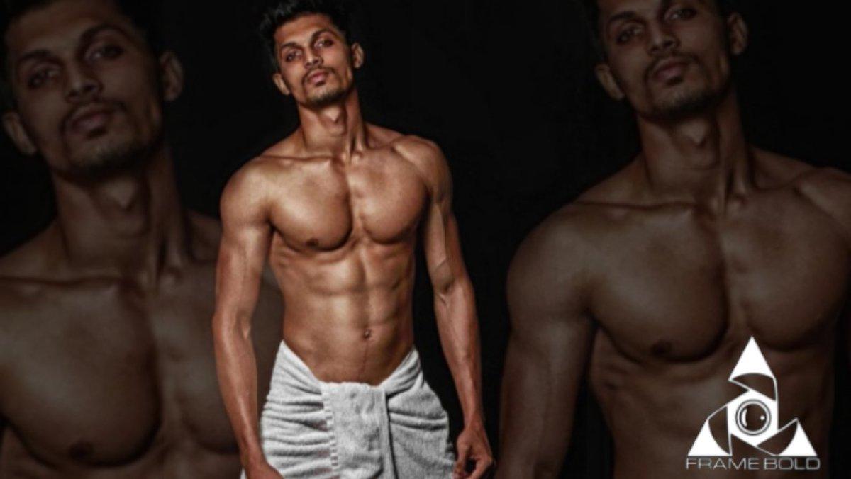 Model :Abhijeet  Clicked by : @haikalakar  insta id : framebold #photography #PicOfTheDay #LakmeFashionWeek2020 pic.twitter.com/u38lPaqTmg