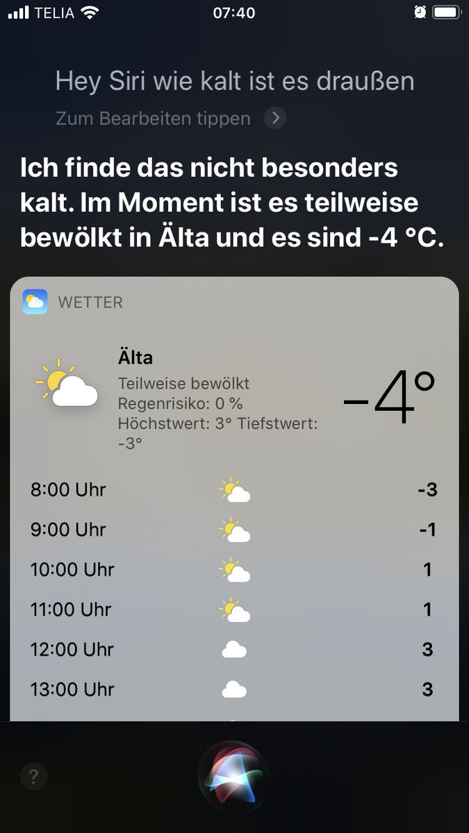 Siri thinks it's not cold at -4°. #deleteyouraccount #youredrunkpic.twitter.com/Z3pa2Momf0