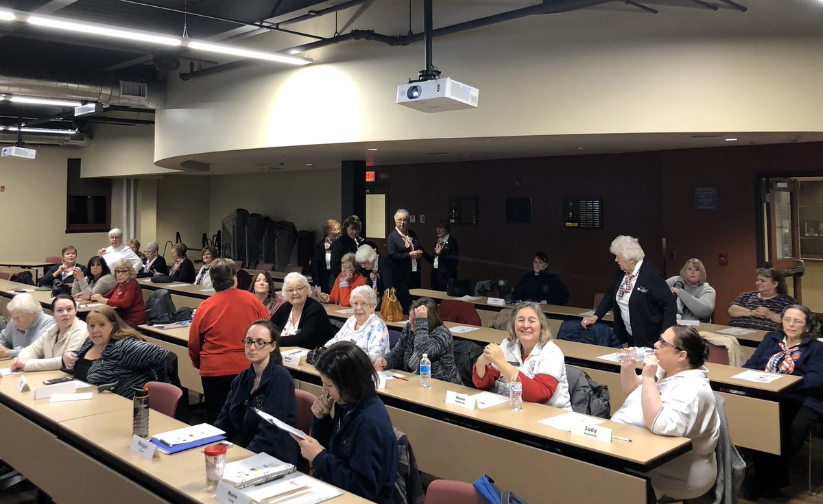 I enjoy volunteering to teach safety courses to different groups. Last night I spent time conducting Situational Awareness & Active Shooter training to the West Webster Fire Ladies Auxilary.  Great time, great group of servants. pic.twitter.com/WQTK95uL5N