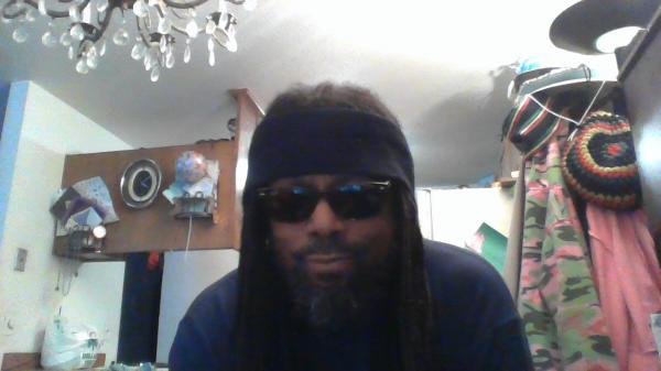 """Abdul 60 """"Mr. Vegan Looing for A Lady Vegan"""" from #Stockton #CA has signed up to Uptown Date! https://uptowndate.com/user/Abdul 100% free #Dating #personals site!pic.twitter.com/DBiey6sQG2"""
