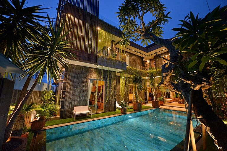 #photography #interiordesign #building #villa #nikontop #interior #architecturephotography #architecture #poolside #poolday#exterior #interiorphotography #beautifulplace #asri #portfolioshoot #interiorblogger #fff #like4likeback #balipic.twitter.com/1tpRxLnKg5