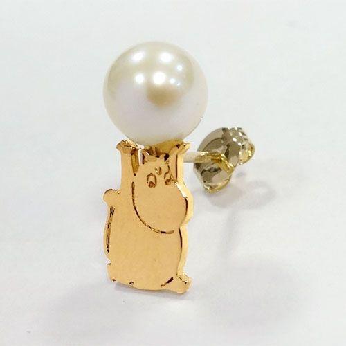 このムーミンのピアスうるせえ真珠ぶつけんぞって感じで最高だな