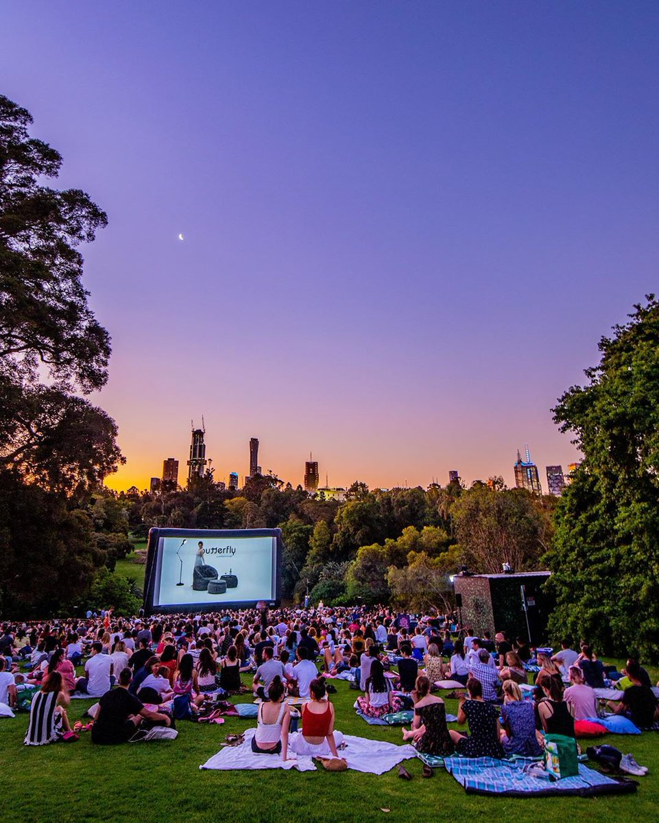 test Twitter Media - Summer nights in the Royal Botanic Gardens with @moonlightcinema 🌙 (via IG/rayofmelbourne for whatsonmelb). https://t.co/F1hrTsmoYv