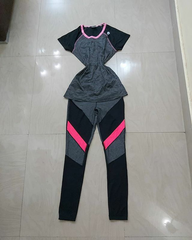 Gymwears available in Sizes UK 6-22... No more adieu papa and leggings during the next boga fitness exercise oooo...6k for a set. Gym bras also available... cause and effect of exercising without a gym bra,one day your breast will fling to the back while running or jogging..… pic.twitter.com/GB8vsn0bst