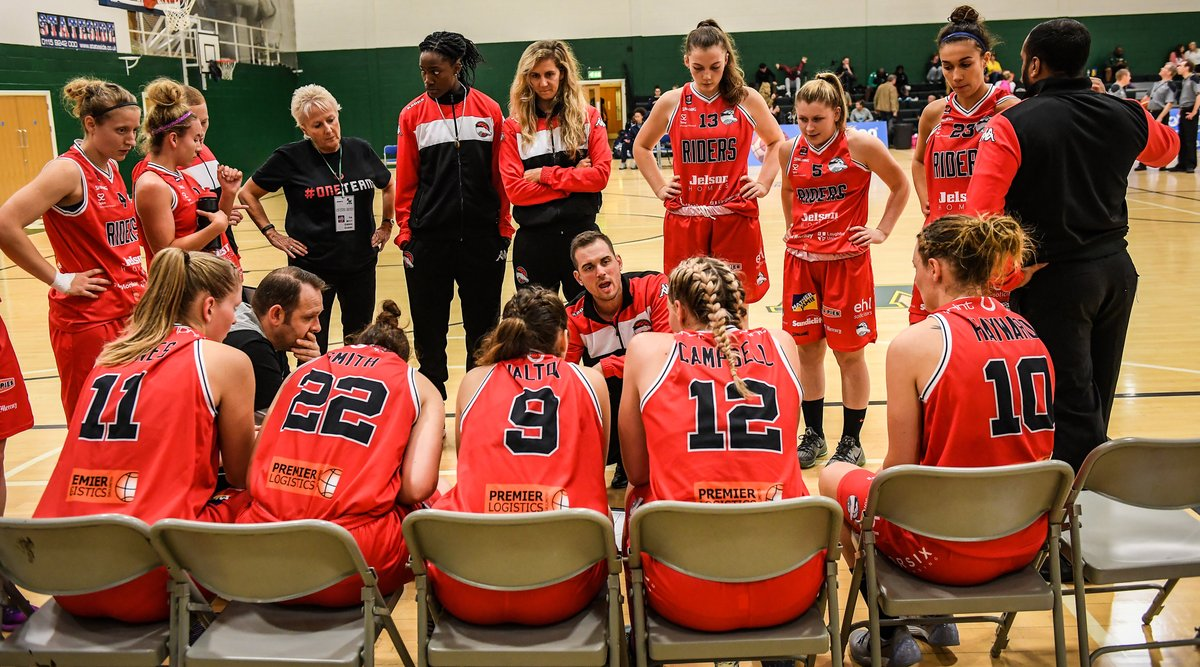 Taking it back ⏪to 2016 for #TBT #ThrowBackThursday with @RidersWomen   Including the likes of @MatthewHarber @mollie_e13 @sussim13 @KrumeshPatel @McGarrachan_14 @igotjams   #BritishBasketball