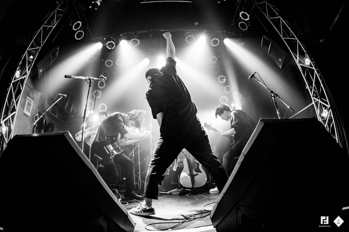 Parallel Frank live photo   2020/02/19 「No over taking zone vol.1」  @北堀江Club Vijon  #parallelfrank #パラフラ #livephoto pic.twitter.com/fIQY4ysT67