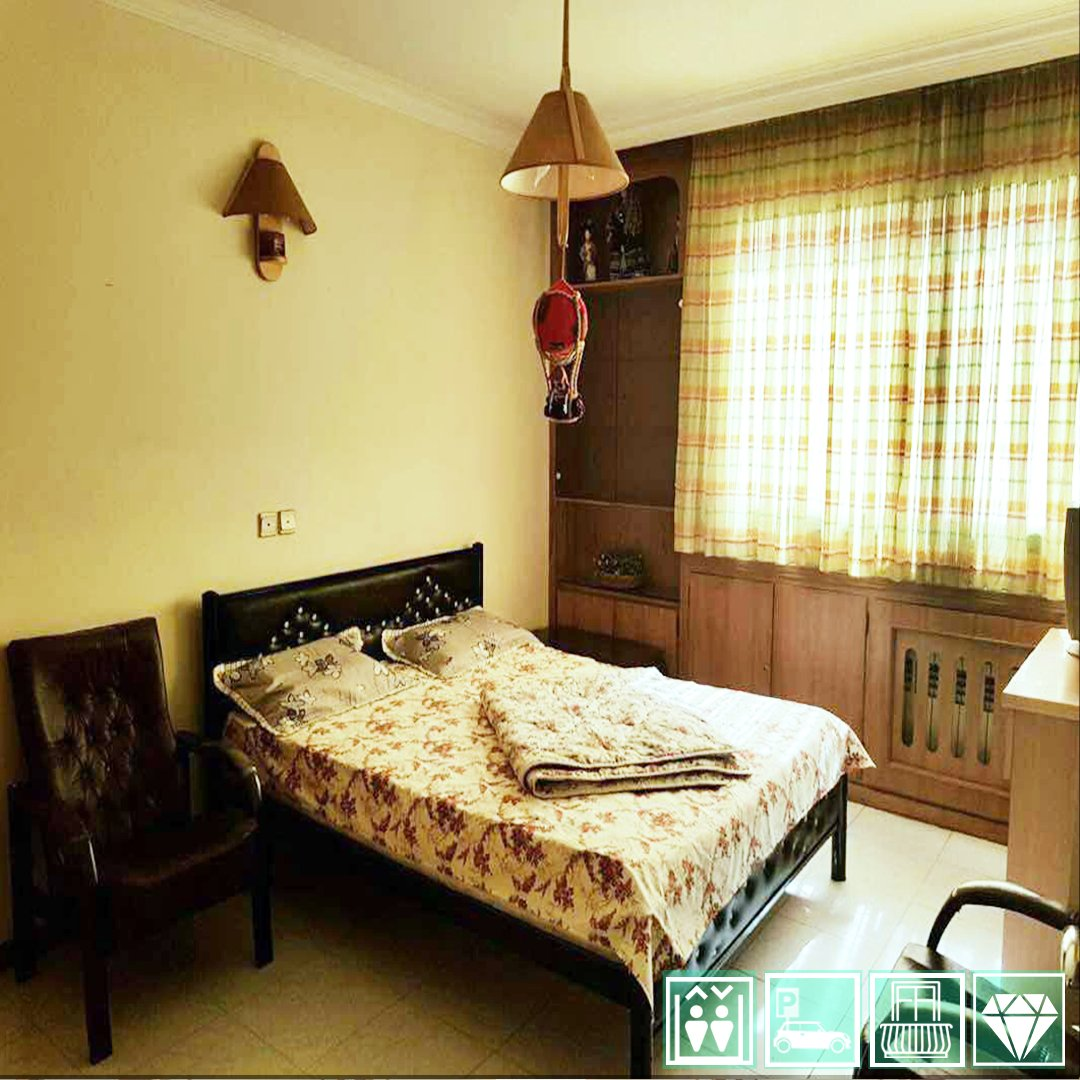 Daily Rent Apartment Isfahan fully furnished 2 bedrooms apartment: * washing machine * tv * bath tub * terrace * elevator * parking a peacful short stay . . . #Iran #Isfahan #travel #photography #vacation #traveling  #exciting #fun #architecture #trip #holiday #shortstaypic.twitter.com/kRJxhIMJCS