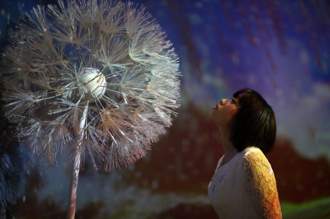 「冬に訪れる春の園」  photo @tatsumon  special THANKS @NAKED_STAFF   あの頃に思いを馳せて。  (先行体験会にご招待頂き撮影)  #フラワーズバイネイキッド #flowersbynaked   #ポートレート #portrait #portraitphotography #あやかの居る世界