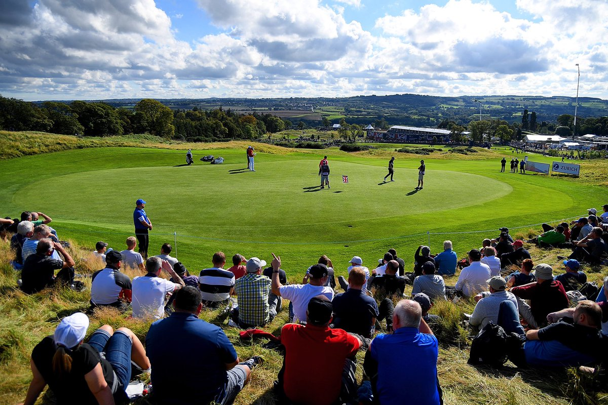 Hands up, who would rather be sat here on a Thursday morning than wherever you are? #TBT   #BetfredBritishMasters https://t.co/mz5m1ZYg8k