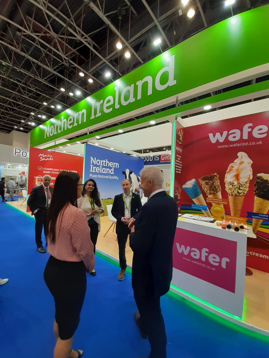 Thanks to @AJackson_FCO for visiting the Northern Ireland stand on the last day of @Gulfood to meet our innovative food producers and learn more about what Northern Ireland has to offer the region @WhitesOats @DeliLites @tradegovukMENA #Gulfood #PureNaturalQuality #ExportisGREAT