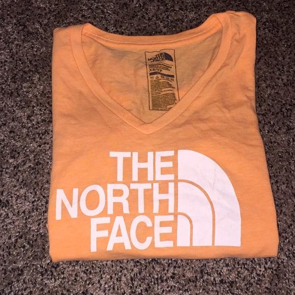 So good I had to share! Check out all the items I'm loving on @Poshmarkapp #poshmark #fashion #style #shopmycloset #thenorthface #aloyoga #dooneybourke: https://posh.mk/f39haGrKh3pic.twitter.com/X3iO9fCEMC