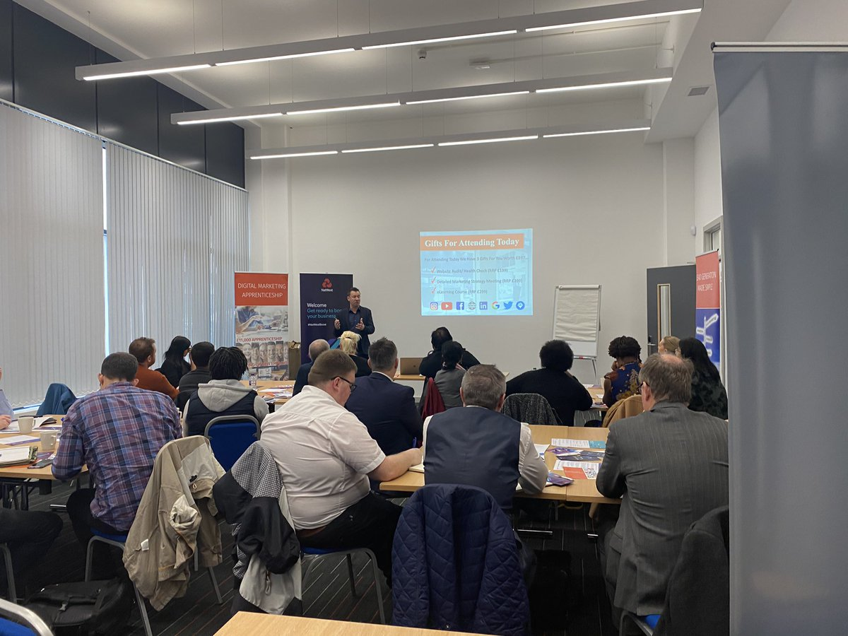 Great to see such a packed room at our #Wolverhamyon event! with @bcgrowthhub @luv4marketing @amarjitr #businessgrowth pic.twitter.com/opJbfQLjLc