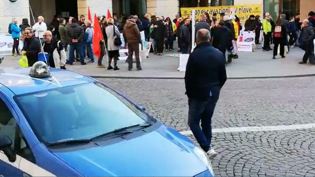 Grave di Ciano vertice dal prefetto e sit-in di pr...