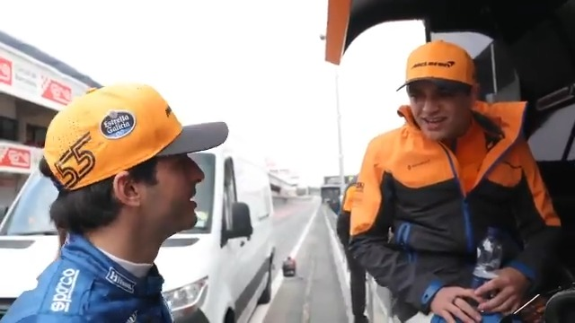 Keep the lessons up @LandoNorris, @CarlosSainz55 will have you fluent in no time. 🇪🇸😉  Catch up with the latest episode of #McLarenUnboxed, presented by @HiltonHonors. 📺➡ http://mclrn.co/UnboxedLaunch