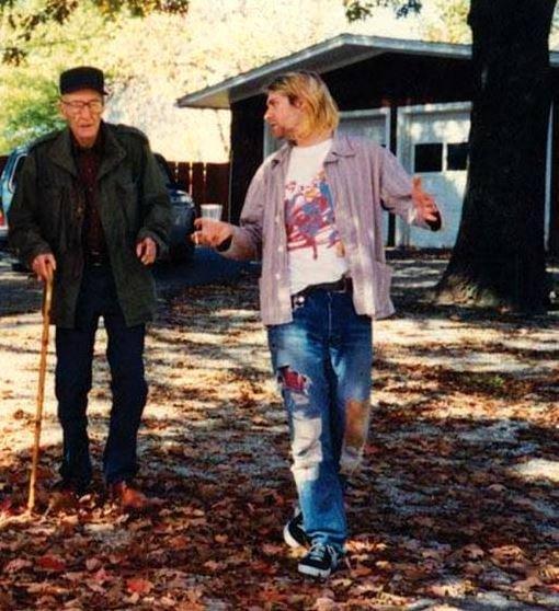 2 idols, one pic. Kurt Cobain with William S Burroughs. Happy Birthday Kurt