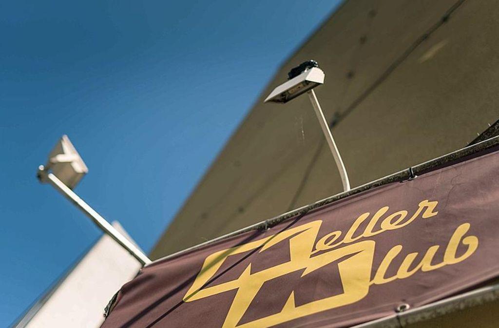 Nachtleben in Stuttgart: Was ist dran am Clubsterben? http://dlvr.it/RQPRPypic.twitter.com/MYiwymxAPw