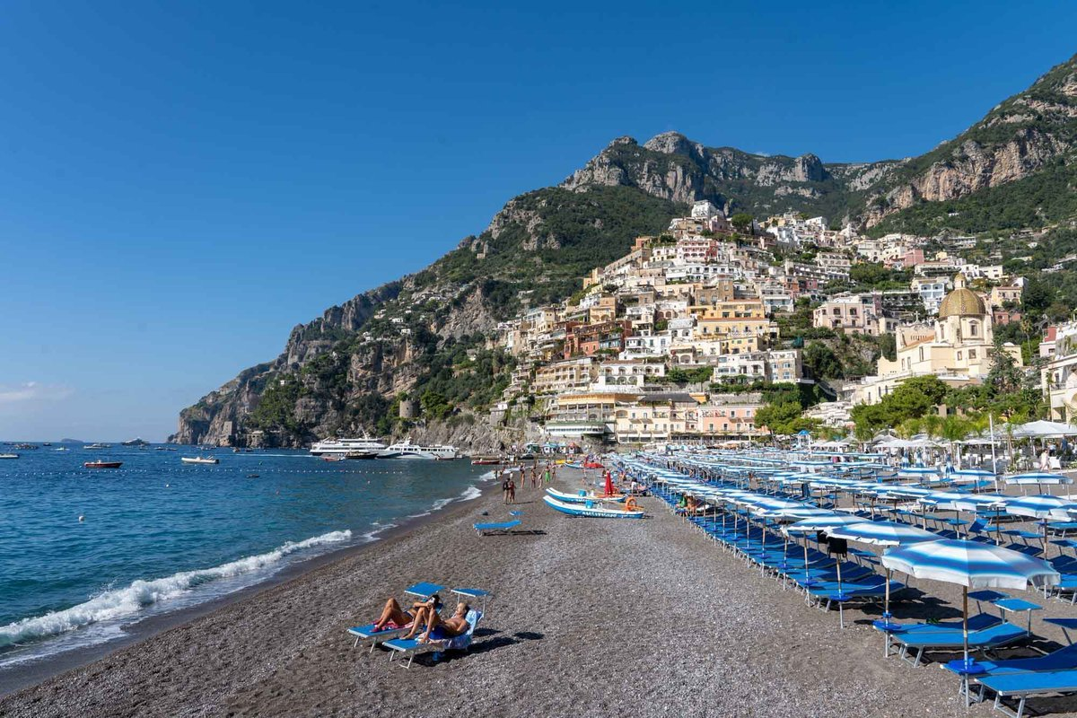 Here's How You Can Take a Day Trip to the #AmalfiCoast from Rome http://bit.ly/2uvNEJu  via @DangerousBiz #takewalks #Italy