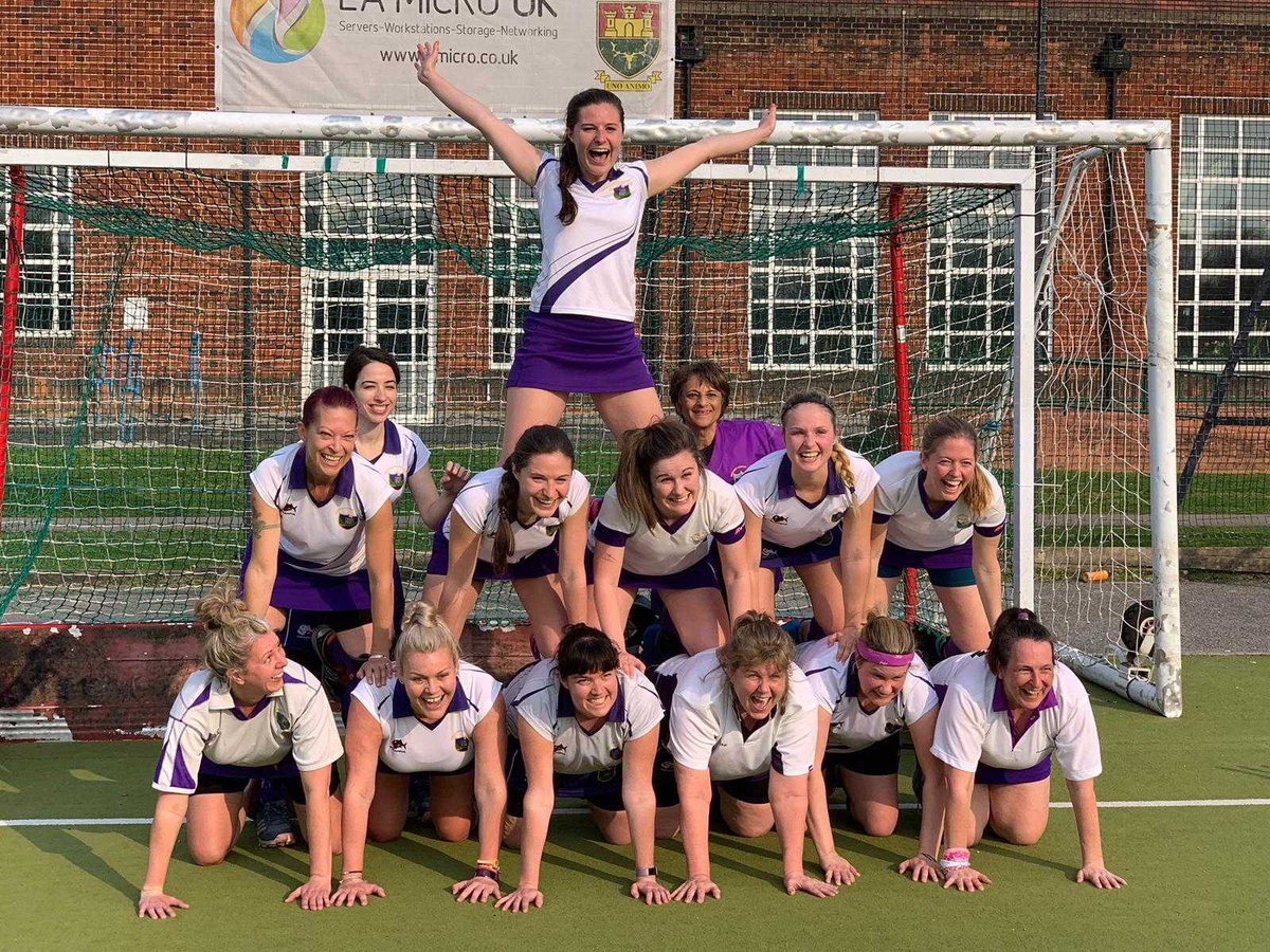 HOCKEY: @WindsorHockey ladies second team have become the first team this season to beat Thame in Division Three of the Trysports Hockey League.  Elsewhere, the ladies first team suffered defeat in the top-of-the-table clash against Milton Keynes.  https://www.windsorobserver.co.uk/sport/18249502.windsor-hockey-club-ladies-second-team-inflict-first-defeat-thame-first-side-lose-title-rivals-milton-keynes/ …pic.twitter.com/1lNLVHFXYH
