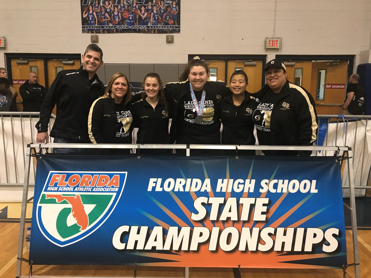 CHS had 5 girls represent us at the Weightlifting State Meet this weekend, and continued to make history.  3 of the 5 girls placed in the top 6 to receive medals.  We also had the first female state champ in county history. Our team came in 7th out of 65 schools. #onehurricane <br>http://pic.twitter.com/7nhDccqWrk