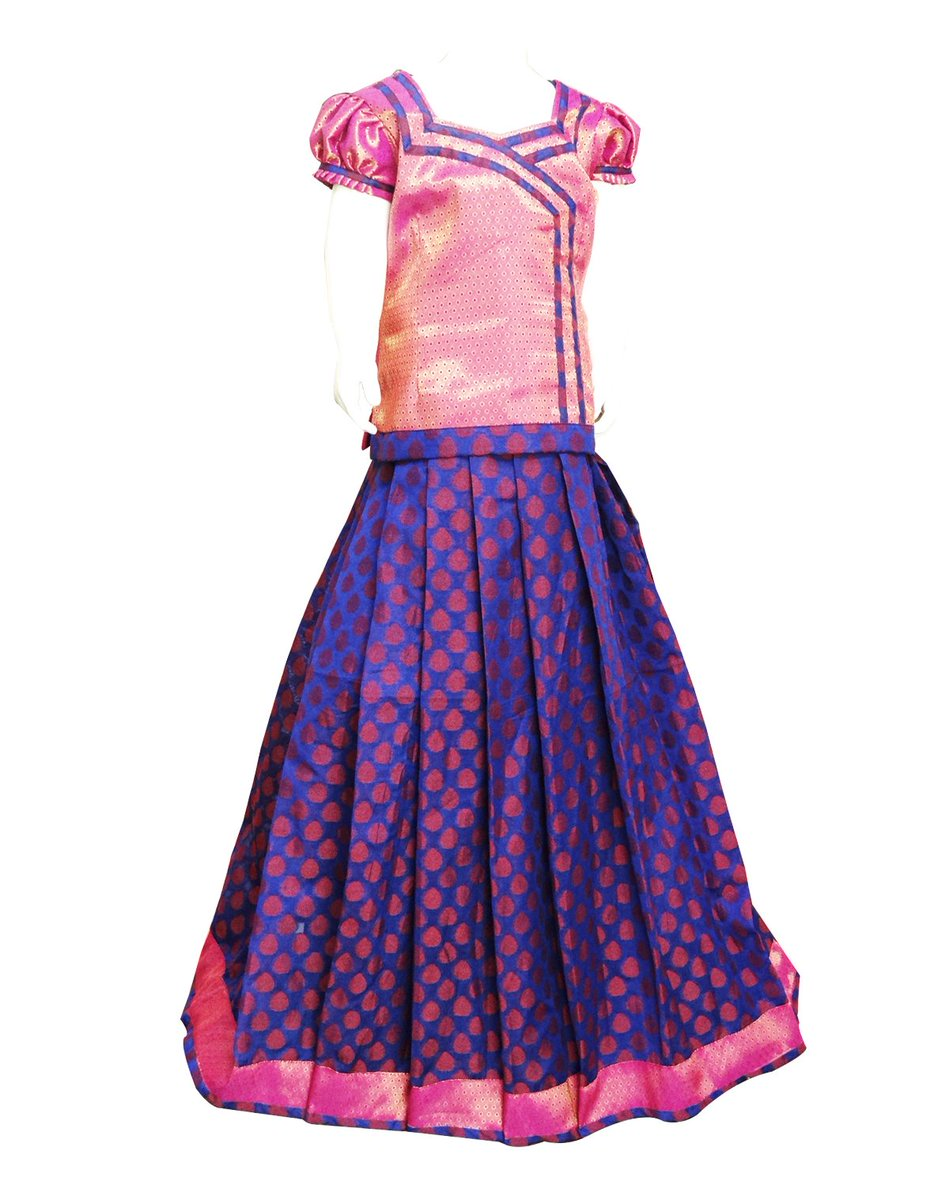 Buy an Angelic red with blue Pattu pavadai blouse design is created from art silk material for your loveable kids. #pavada #pavadasattai #littlegirlscollection #kidswear #kidsethnicwear #southindianfashion  Buy online at https://www.bujuma.com/ call /whatsapp us at +919994892040.pic.twitter.com/r7X8v5btyK
