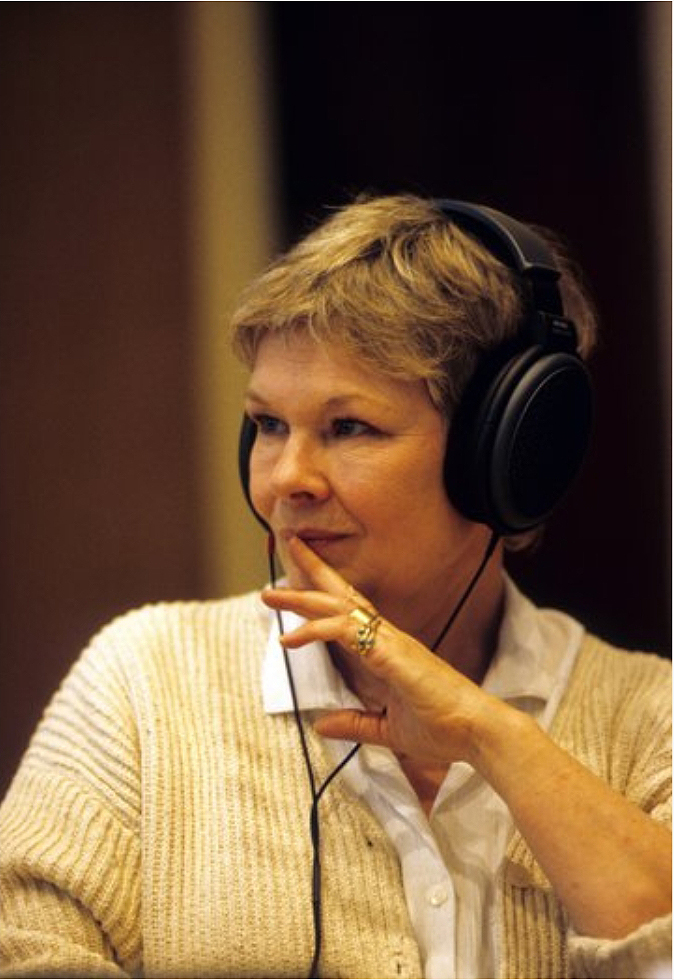 Day 1588 Mendelssohn: A Midsummer Night's Dream, 1994 Album recording Photographer: Clive Barda #JudiDench #AMidsummerNightsDream #Mendelssohn #Shakespeare<br>http://pic.twitter.com/7Gau96Fbu7