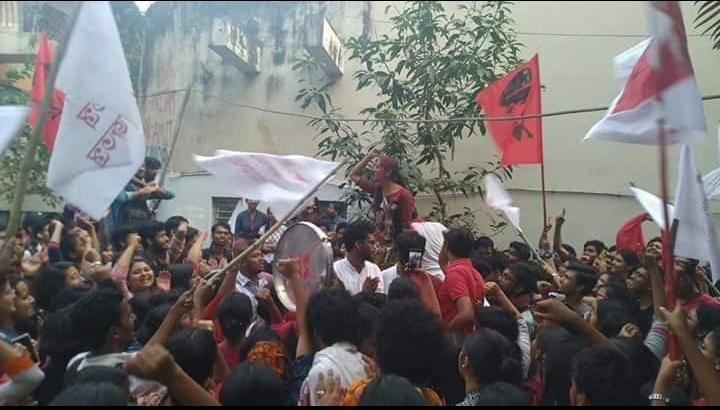 Hey Mr. @SuPriyoBabul Jadavapur University has rejected @ABVPVoice and the politics of hate. ☺  Red salutes to all the comrades of Jadavapur.  #ABVP4Jadavpur really?