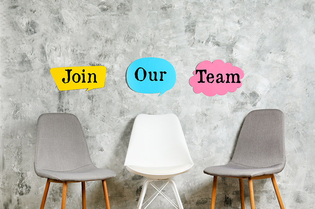 We are looking to for another Recruitment Consultant! please contact us on 02074716000  https://bit.ly/2SZAxIH  #recruitment #recruitmentcareers #recruitmentconsultant #recruitmentconsultants pic.twitter.com/ALrL0260mS