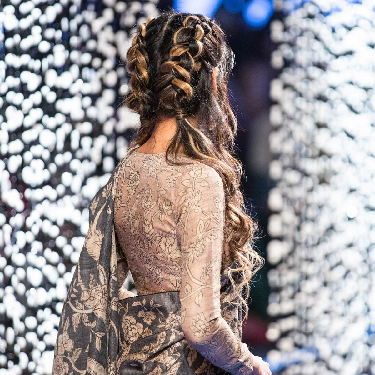 It was a braid affair on the ramp that complemented our spice blends inspired hair colors. This gorgeous shade and more will be available soon at your nearest Lakmé Salon. Stay Tuned!  . . #LakmeSalonGaramMasala #LakmeSalonXGaurang #LakmeFashionWeek pic.twitter.com/4RolDbQvKn