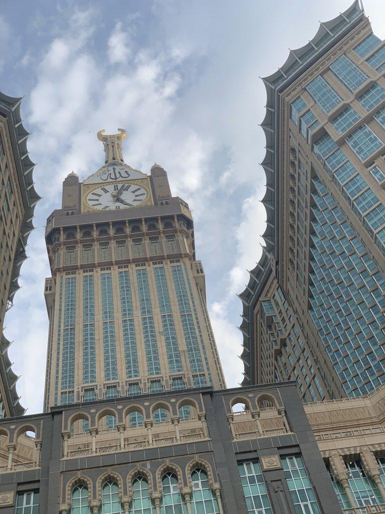 Makkah Al-Mukarramah // the city that never sleeps \\    - thread. <br>http://pic.twitter.com/vw0fWYMWoo