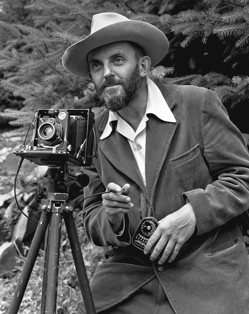 специалист биографию известного фотографа пейзажиста была замечена