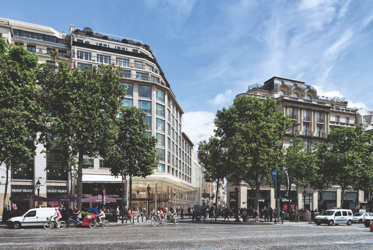 Transformation of 50 Champs-Elysées, ex Gaumont Embassy cinema, contributes to the renewal of the Champs-Elysées. A new concept store that will enhance cinema's cultural heritage, and will highlight the excellence of a French brand. #Paris #champselysees <br>http://pic.twitter.com/n6A55jucnX