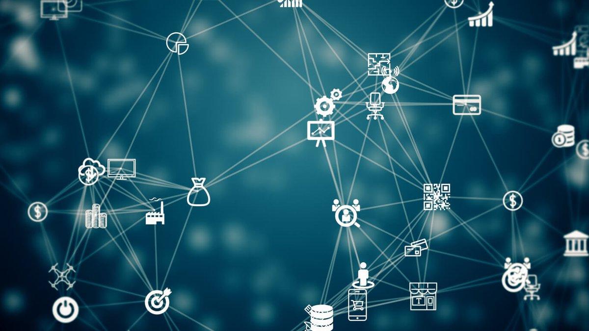 What Is #Digital #Transformation?   Link >> https://is.gd/bBkTfH   #artificialintelligence #Business #Digitalisierung #Digitaltransformation #Innovation #Technologypic.twitter.com/zNi35uDf1X