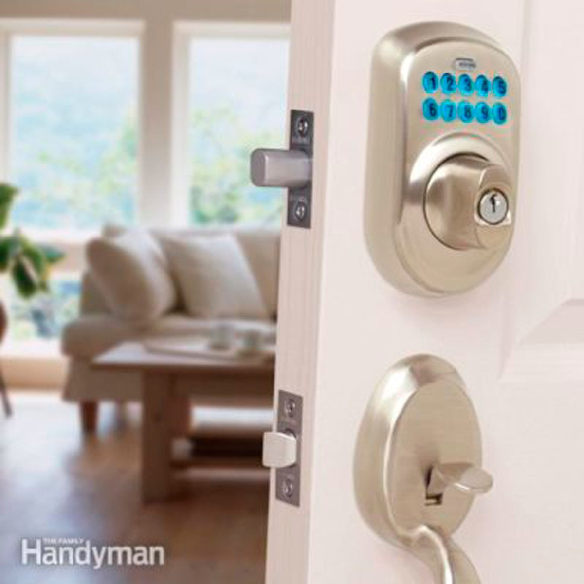 A keyless entry system—or smart lock—lets you monitor access to and from your house. #cooltech #techtips  http://cpix.me/a/92292975pic.twitter.com/AyuaSEQMzG