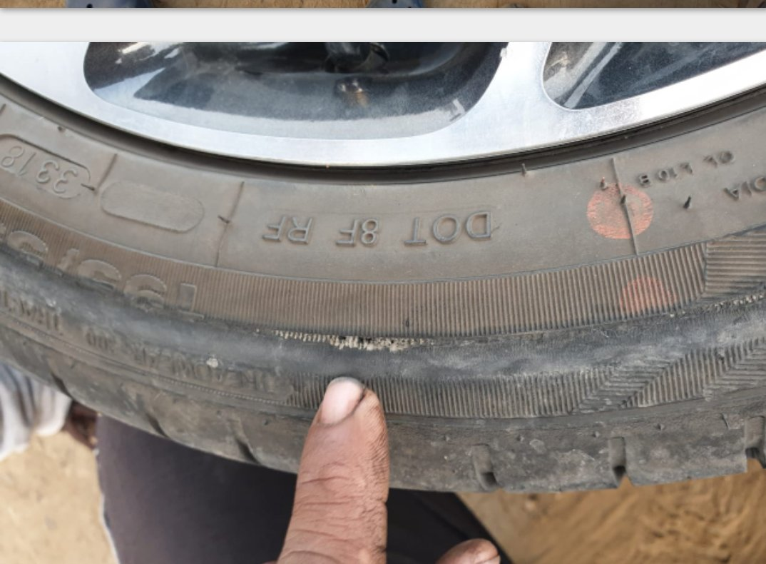 @apollotyres  @Maruti_Corp @NexaExperience Warranty policy #ApolloTyre  fitted with vehicle #manufacturing by #MarutiSuzuki? #Two #Trye #Bursts within #Three #Months #Apollo #Claiming #TwoYears #UnconditionalWarranty #ILoveSana #Nexa_Experience #Nexa #Baleno #KTownNo1ActorVIJAY
