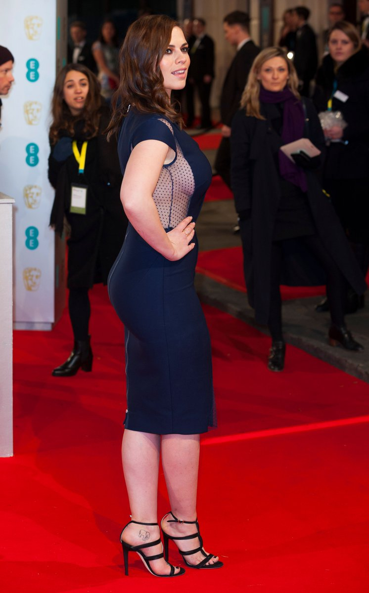 Hayley Atwell #curves #curvy #celebspic.twitter.com/EZP6NXm9m2