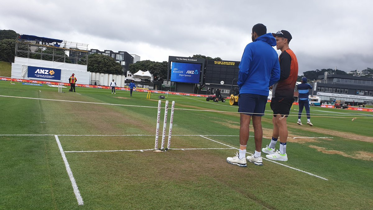Pacers chat on Day 1 of the Test match. What do you make of the pitch? NZvIND