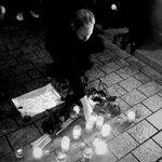 Image for the Tweet beginning: Wir gedenken der Opfer des