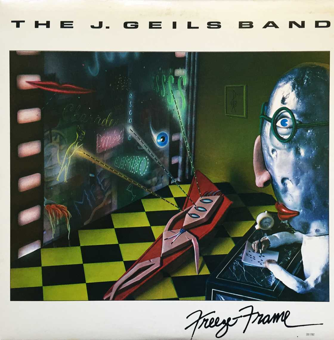"Powered by their hit single ""Centerfold"", The J. Geils Band had the #1 album on the Billboard charts in 1982 with ""Freeze-frame"". The album held the top spot for four weeks. #80s #80smusicpic.twitter.com/fsYU7xVv12"