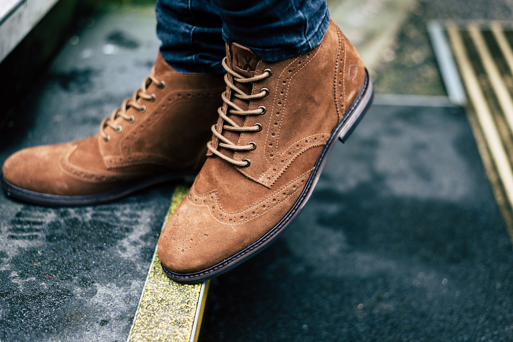 Meet: Reilly #Lancashire #MadeInEngland #ProperShoes #LanxShoes #LFW2020 http://lanxshoes.com/products/reilly-tan …pic.twitter.com/5WVvFEFODq