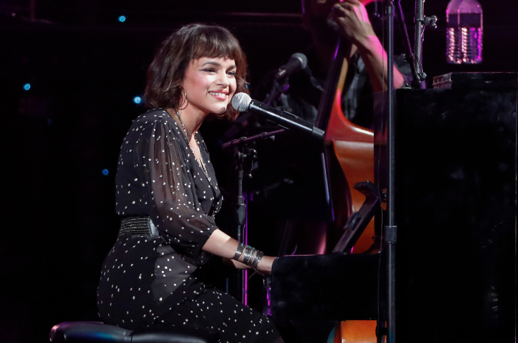 On Puss N Boots Its a Wonderful Lie, Norah Jones trio delivers a refreshing update on Paul Westerbergs track. See why its a Song You Need to Know rol.st/2SIwXUk