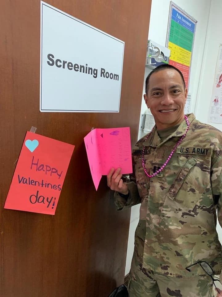 400 handmade cards from Virgil Mills Elementary School are in the hands of our military heroes overseas   These photos show the cards that arrived at a @USArmy  clinic in Kuwait just in time for #ValentinesDay. They'll be on-display and given to patients.  #WeManatee (1/2)pic.twitter.com/mcVpVtfpKp