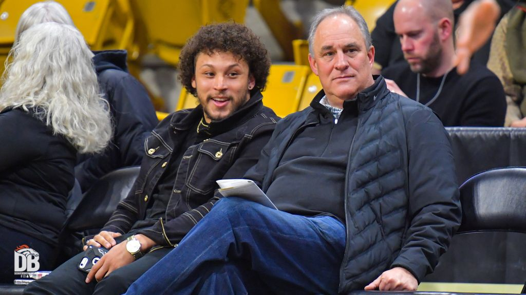 A couple #Broncos made the trip from Denver together for tonight's @CUBuffsMBB game. 👋, Coach Fangio & @I_CU_boy!