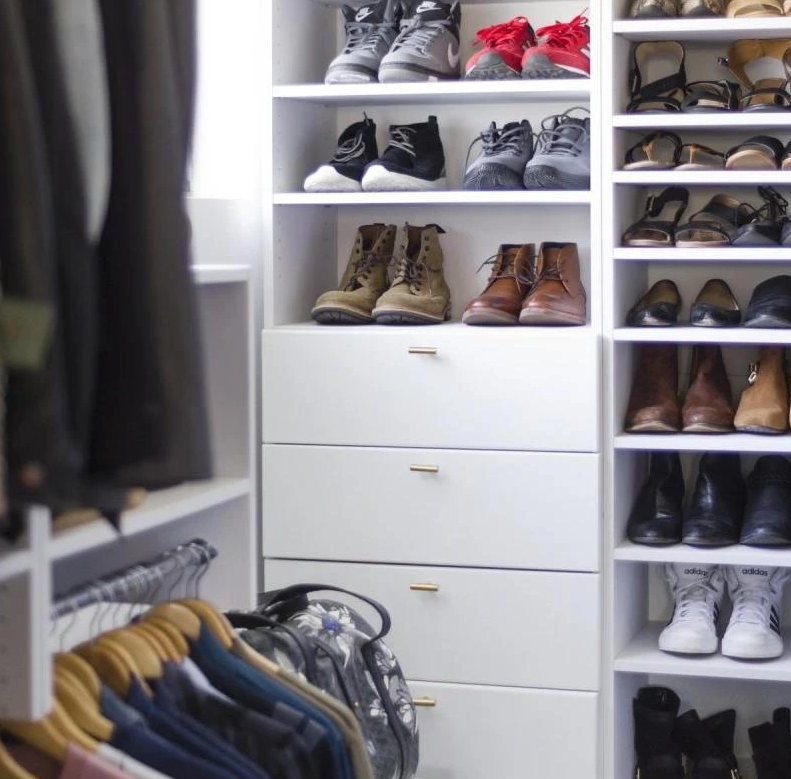 Tag Someone With a Great Shoe Collection! #organized #closetorganizer #closetgoals #closettip #closetdesign #diy #diyliving #diylife #doityourself #customclosets #dreamhome️pic.twitter.com/jyvbzxYOIi