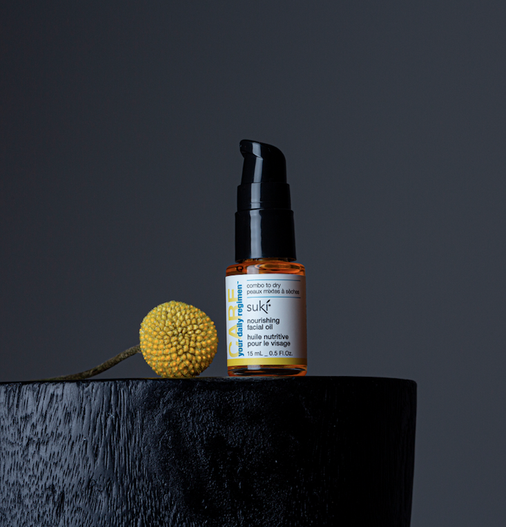 Relieve dry & dehydrated skin with our nourishing facial oil.   This nutrient-rich oil is infused with grape seed and evening primrose oils to hydrate and nourish dry skin. We love you all so we are offering this for a limited time with our Sensitive Cleansing Bar FREE! https://t.co/qQBFadoXA8