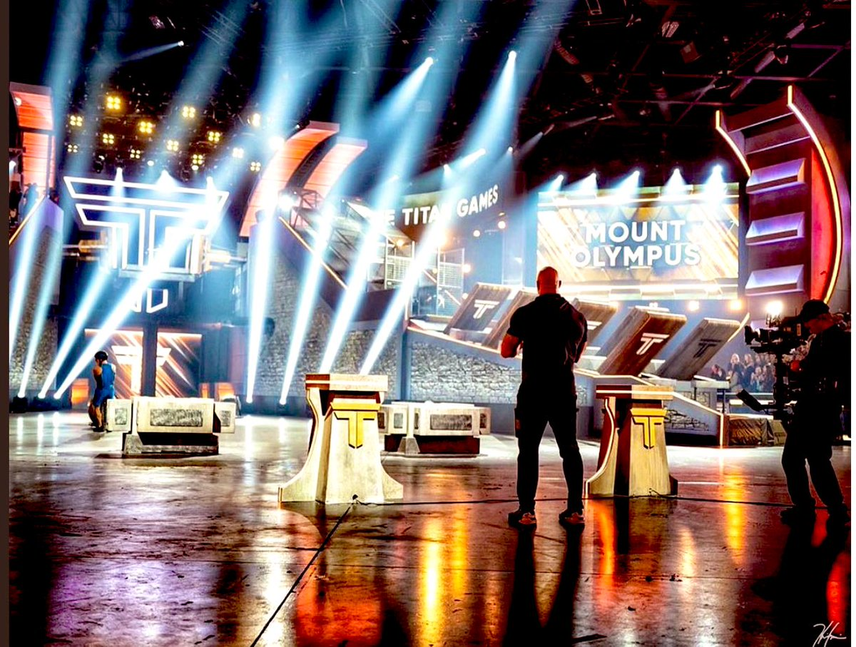 Season 2 of the @nbctitangames coming to @nbc! Some amazing athletes and incredible new innovations from @SevenBucksProd @ASmithCoProd and of course @CariChampion @GoldenboyFTW and @TheRock
