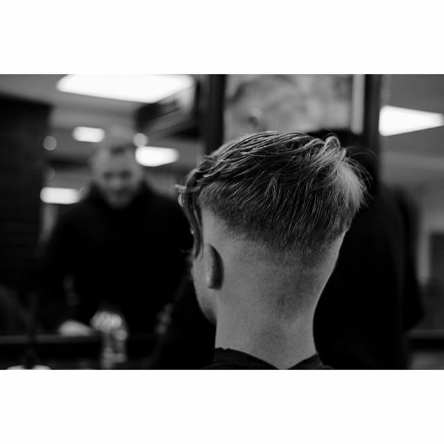 Another shot from a much bigger #community focused #documentary project. Taken at @clubbarber__. http://www.paul-a-j-lewis.com. #documentaryphotography #communityphotography #documentingbritain #documentinglife #bnwphotography #bnw #blackandwhitephotography… https://ift.tt/2T1sZ89pic.twitter.com/nMZk18k6Rx